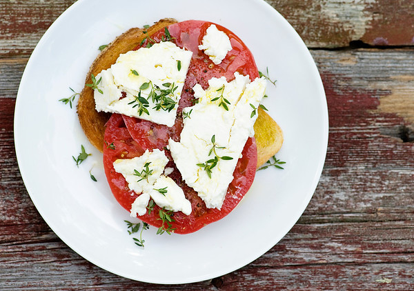 Open-Faced Tomato Feta Sandwiches