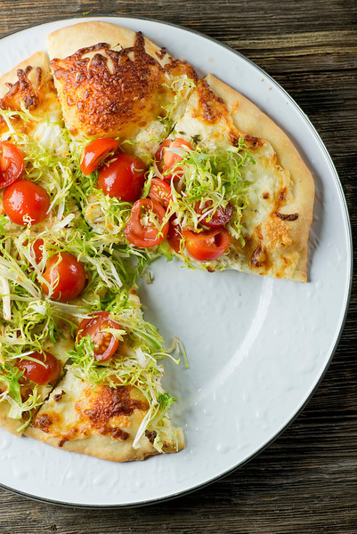 White Salad Pizza