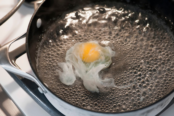 poaching eggs