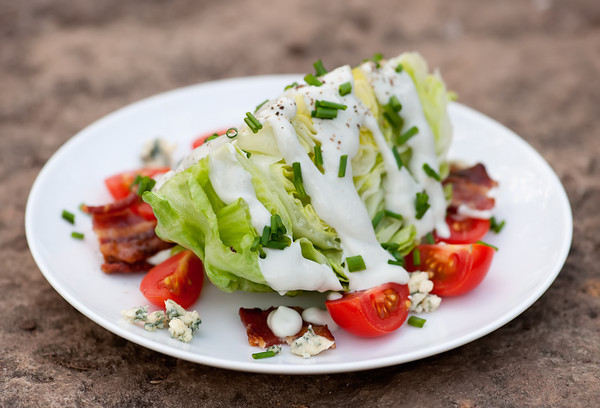 how to make wedge salad